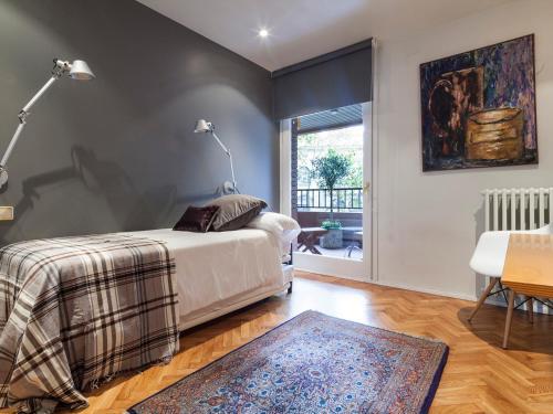 Apartment Barcelona Rentals - Classic Bonanova Apartment photo 7