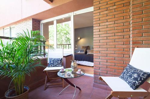 Apartment Barcelona Rentals - Classic Bonanova Apartment photo 12