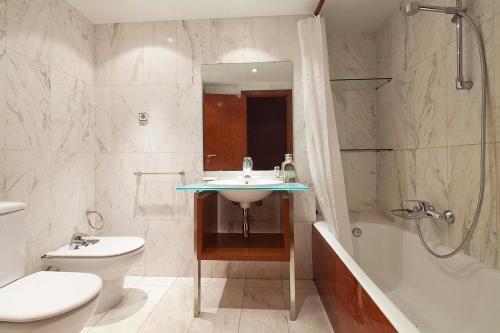 Apartment Barcelona Rentals - Classic Bonanova Apartment photo 14