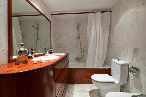 Apartment Barcelona Rentals - Classic Bonanova Apartment photo 17