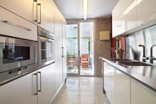 Apartment Barcelona Rentals - Classic Bonanova Apartment photo 20