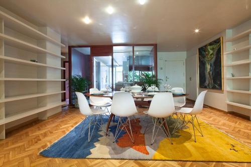 Apartment Barcelona Rentals - Classic Bonanova Apartment photo 22