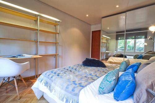 Apartment Barcelona Rentals - Classic Bonanova Apartment photo 24
