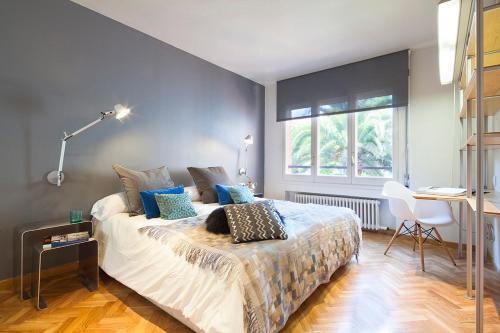 Apartment Barcelona Rentals - Classic Bonanova Apartment photo 25