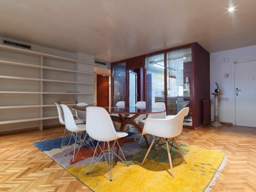 Apartment Barcelona Rentals - Classic Bonanova Apartment photo 29