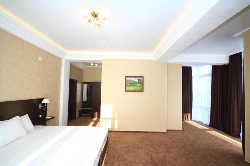 Hotel Bereg Evkaliptov Photo
