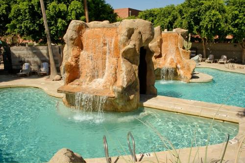 Wyndham Garden Midtown Phoenix photo 22