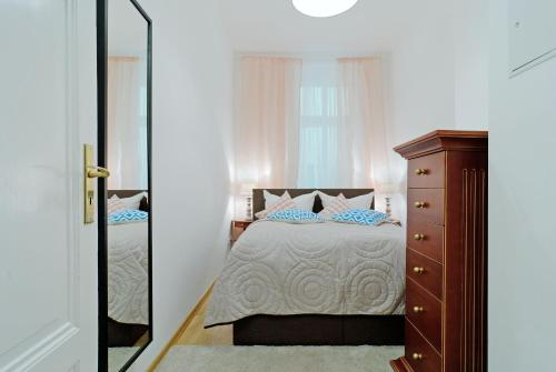Grand Central Mitte Apartment photo 50