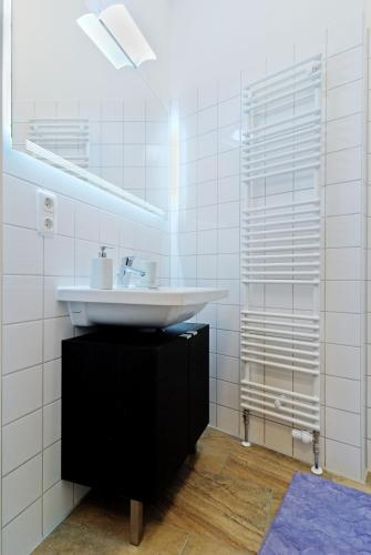 Grand Central Mitte Apartment photo 60