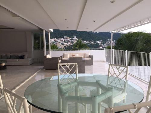Pent House Condo in Acapulco Photo