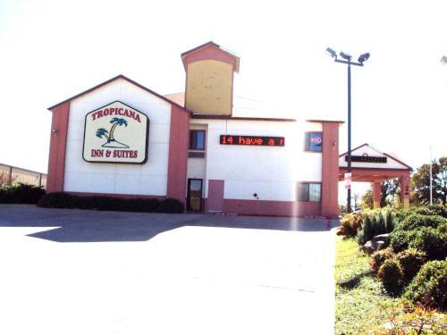 Tropicana Inn And Suites - Dallas, TX 75220