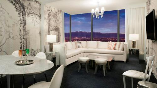 W Las Vegas Photo