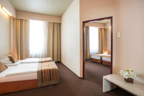 Star City Hotel photo 29