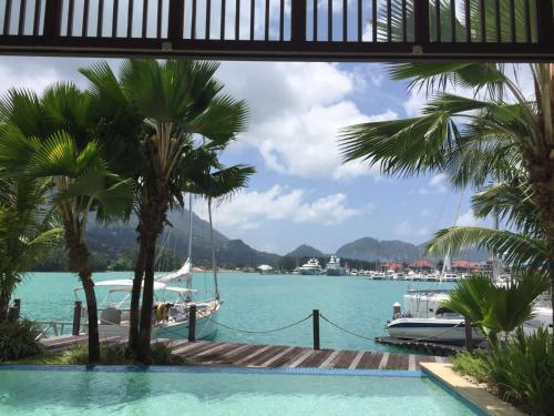 HotelRomantic Eden Island Villa 40