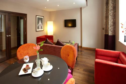 DoubleTree by Hilton Hotel London - Marble Arch photo 2