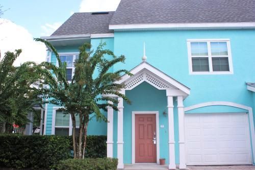 Runaway Beach Club Villa - Orlando, FL 34746