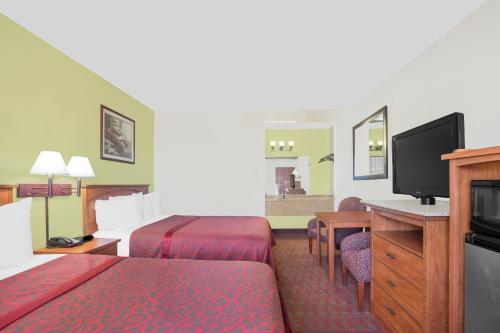 Days Inn Turlock Photo