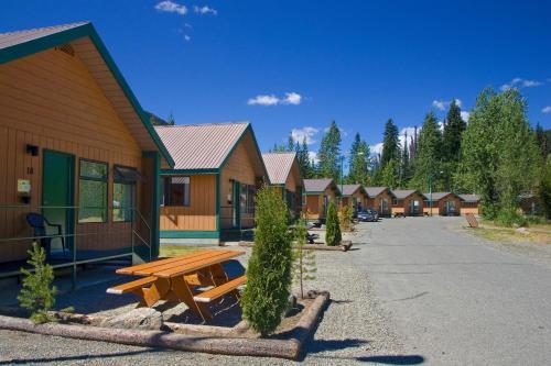 Manning Park Resort - Manning Park, BC V0X 1R0