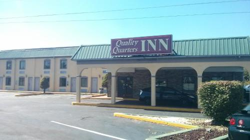 Quality Quarters Inn - Richmond, KY 40475