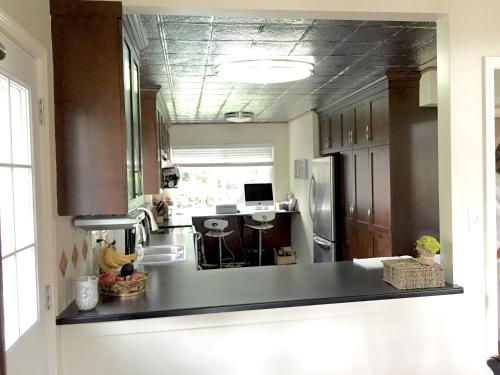 Greystone Rooms - Delta, BC V4M 2G6