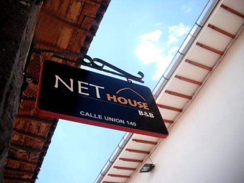 Net House B&B Photo