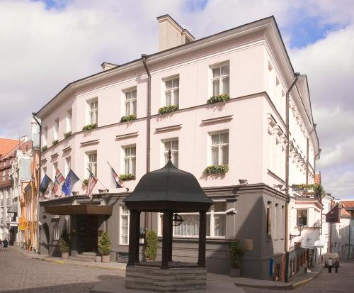 St Petersbourg Hotel