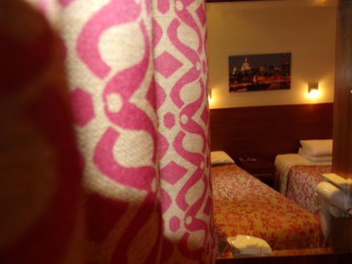 Wedgewood Hotel photo 34