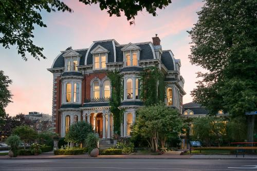 The Mansion on Delaware Avenue Photo