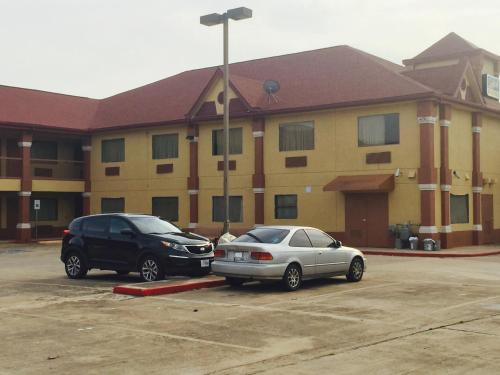 Scottish Inn & Suites Hobby Airport - Houston, TX 77061