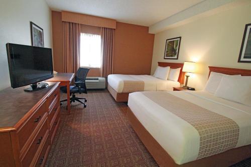 La Quinta Inn & Suites Orlando South photo 7