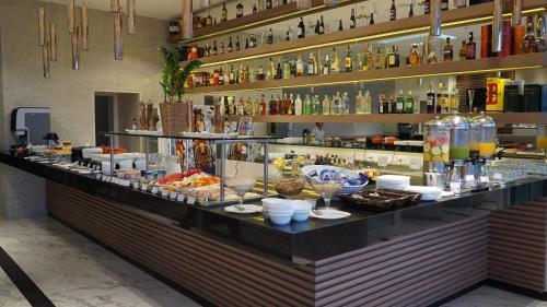 Ramada Recreio Shopping Photo