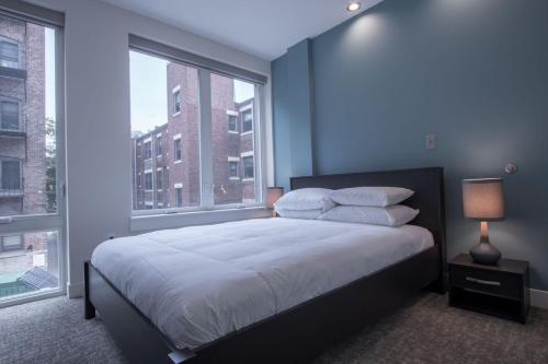 One-Bedroom on Beacon Street Apt 205 Photo