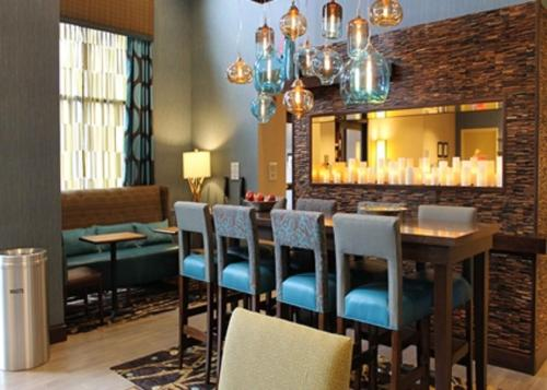Hampton Inn & Suites Stroudsburg Bartonsville in Stroudsburg