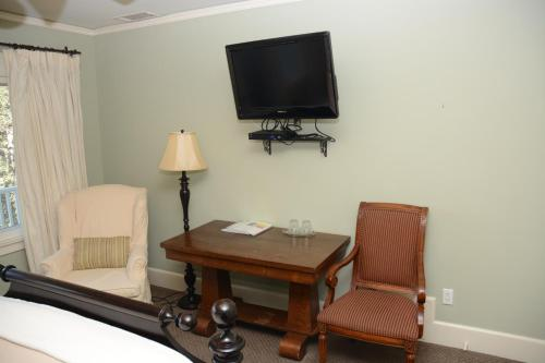 Arroyo Vista Inn Photo