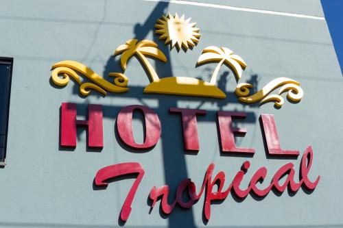 Hotel Tropical Photo