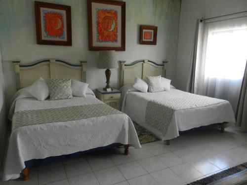 Hotel Santa Ana Photo