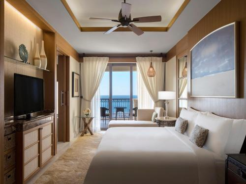 The St. Regis Saadiyat Island Resort, Abu Dhabi photo 21