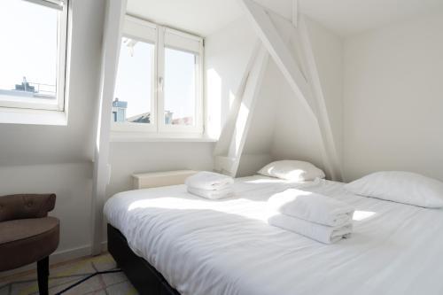 Ruby van Gogh Apartments photo 5