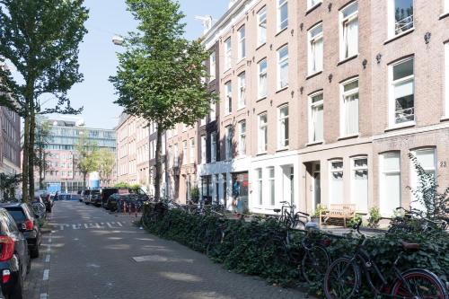 Ruby van Gogh Apartments photo 7