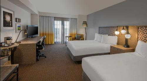 DoubleTree by Hilton Austin photo 12