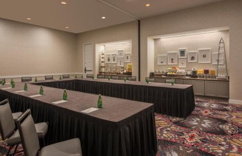 DoubleTree by Hilton Austin photo 24