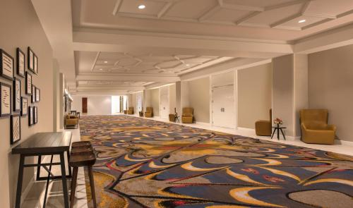 DoubleTree by Hilton Austin photo 25