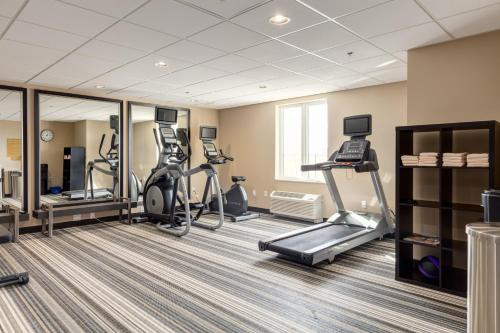 Candlewood Suites Calgary Airport North - Calgary, AB T3J 0T4