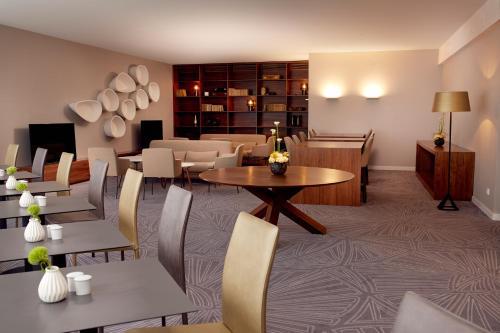 DoubleTree by Hilton Hotel Wroclaw, Ul. Podwale 84, Wroclaw, 50-414, Poland.