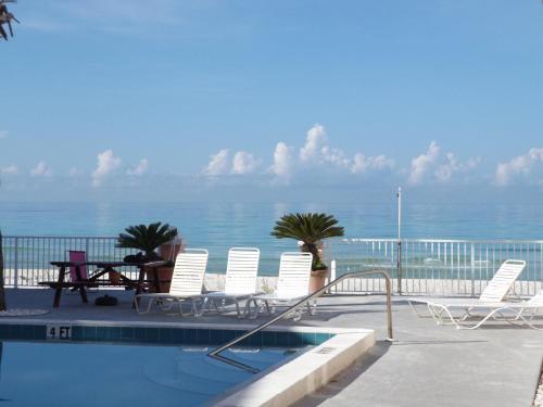 Pineapple Villas - Panama City Beach, FL 32413