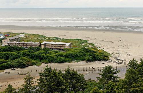 Hi-Tide Ocean Beach Resort Photo