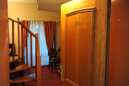 https://q-xx.bstatic.com/images/hotel/max500/806/80601220.jpg