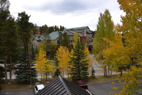 Trails End By Ski Village Resorts - Breckenridge, CO 80424