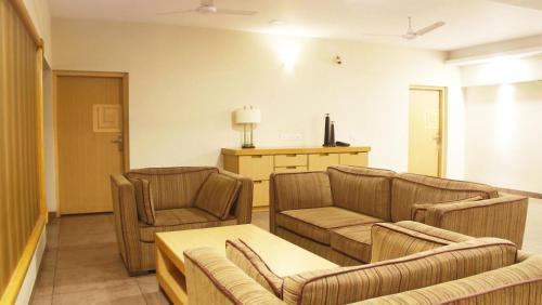 Classic Luxury Service Apartments