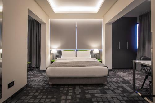 HotelStudio 44